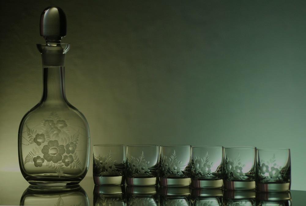 lahev 750ml + sklenice na likér 6 ks Barline 60ml, ručně ryté (broušené) motiv květ,dárek pro muže i ženu