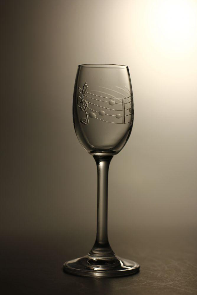 skleničky na likér nebo slivovici 6ks Lara 65 ml s rytinou noty, dárek k narozeninám