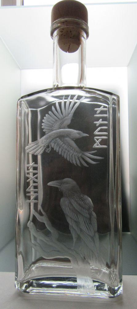lahev na kořalku 0,5l Hugin a Munin (odinovi havrani)