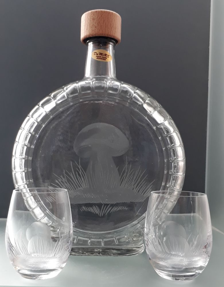 dárek pro houbaře, lahev 700ml + 2ks likér s hříbek, dárkové balení