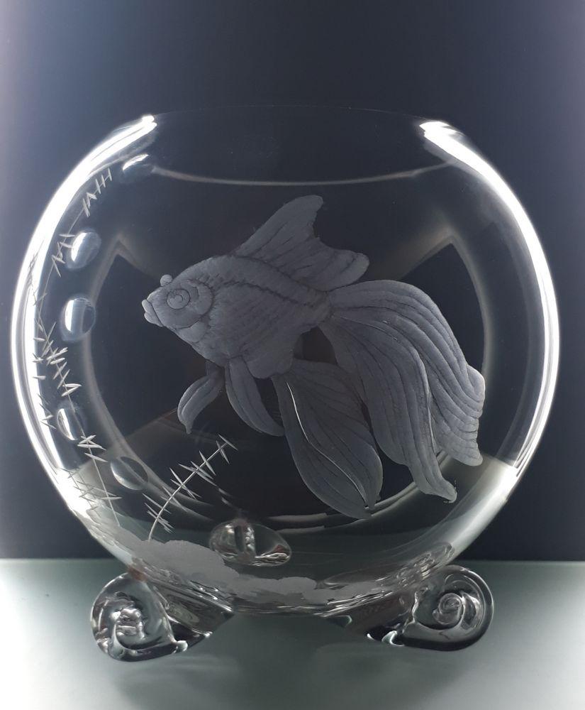 Váza tvaru koule 1,5l s rytinou akvarijní rybky