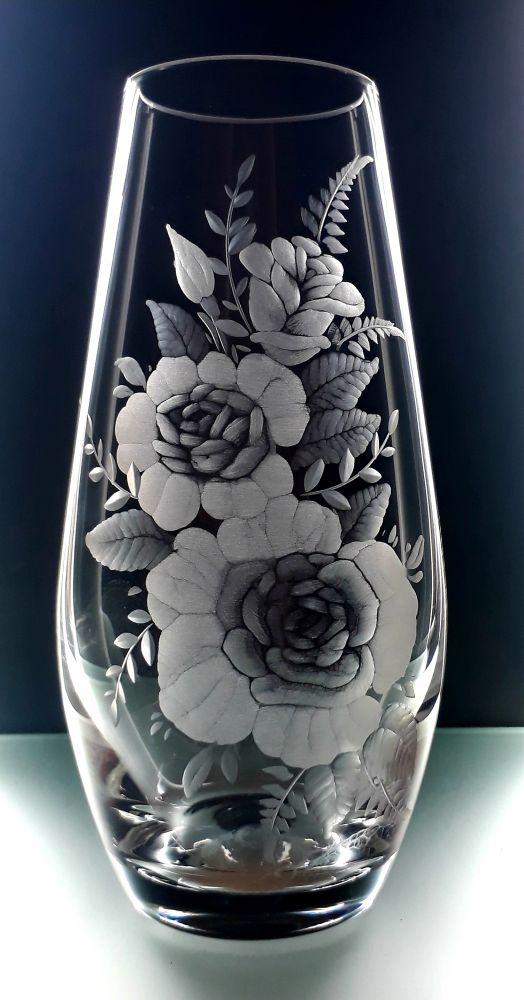 křišťálová váza 20cm s rytinou květin, možnost jména na přání