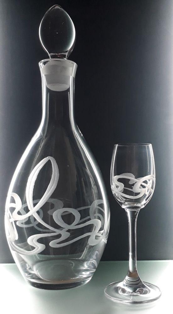 lahev na likér 1l a 2ks sklenek na likér 65ml se secesním dekorem, luxusní dárek pro muže i ženu