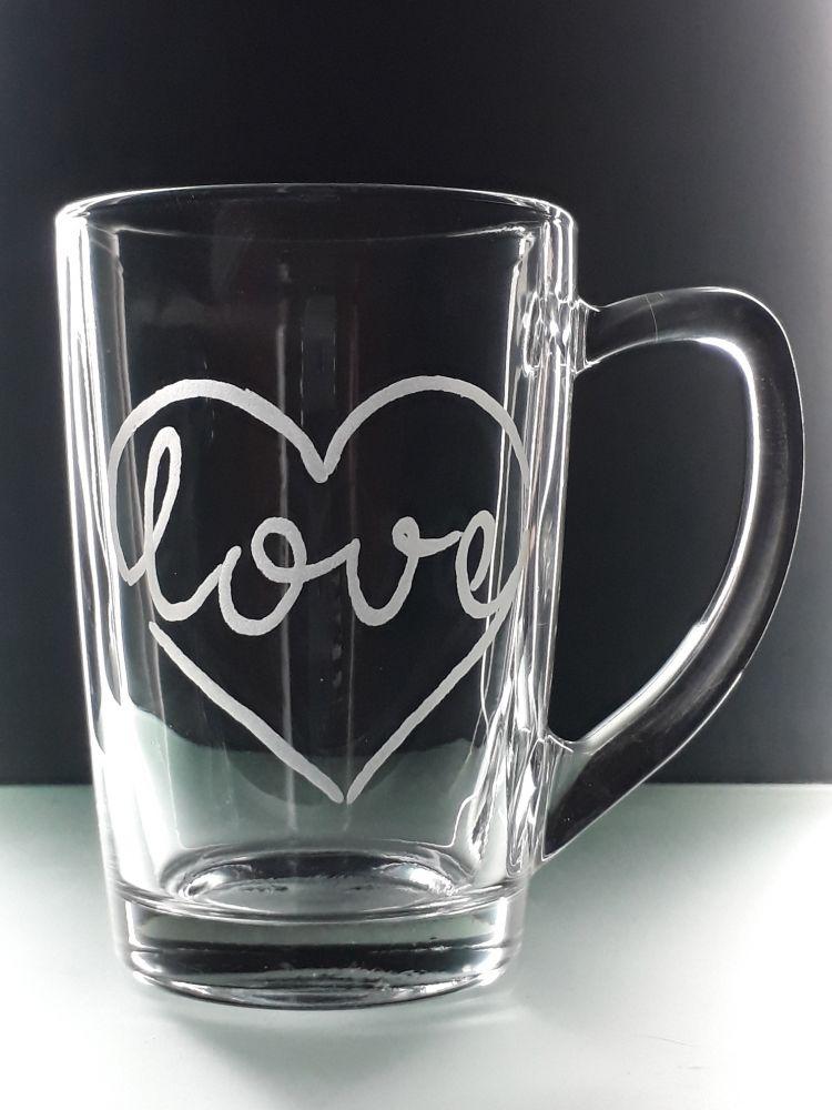 hrníček na čaj 250ml s rytinou LOVE, dárek k Valentýnu, možnost jména na přání