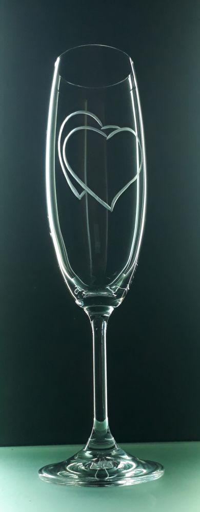 sklenice 1ks na sekt 220ml se srdcem , možnost jména na přání , dárek z lásky