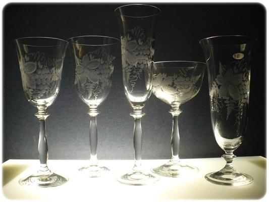 kompletní řada sklenice Angela, ručně ryté (broušené),skleničky motiv vinných hroznů,luxusní dárek