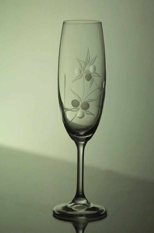 sklenice na sekt 1ks Klara 220ml,sklenička ručně rytá (broušená) motiv bobule,dárek pro muže i ženu