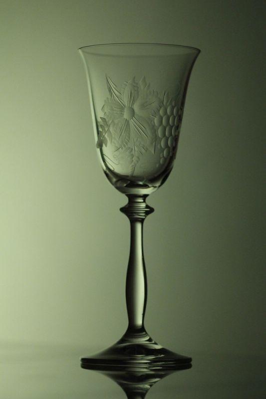 sklenice na víno 2ks Angela 185ml,skleničky ručně ryté (broušené) motiv vinný hrozen, dárkové balení