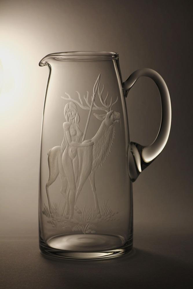 džbán 1,5l myslivost,ručný motiv (broušený) motiv bohyně lovu Diany,dárek pro myslivce