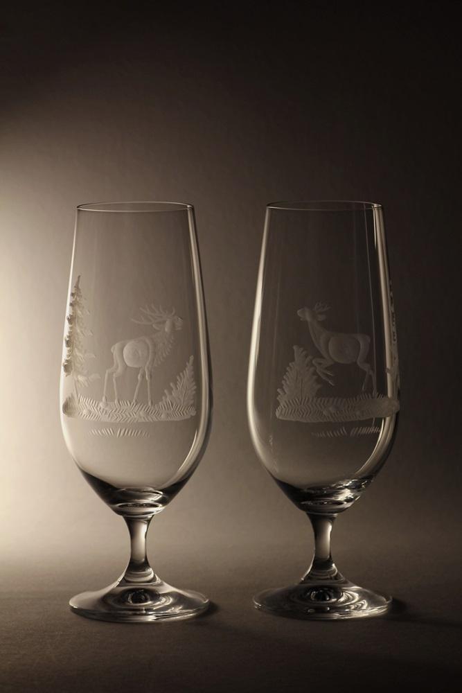 sklenice na pivo 380ml 2 ks klára,skleničky ručně ryté (broušené) motiv myslivost, dárek pro myslivce