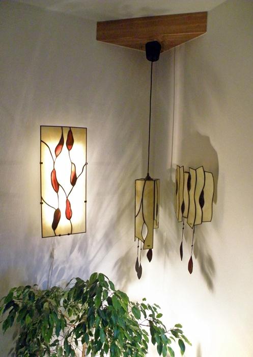 sada 3 různých svítidel, barevné ladění rubínová a opálová