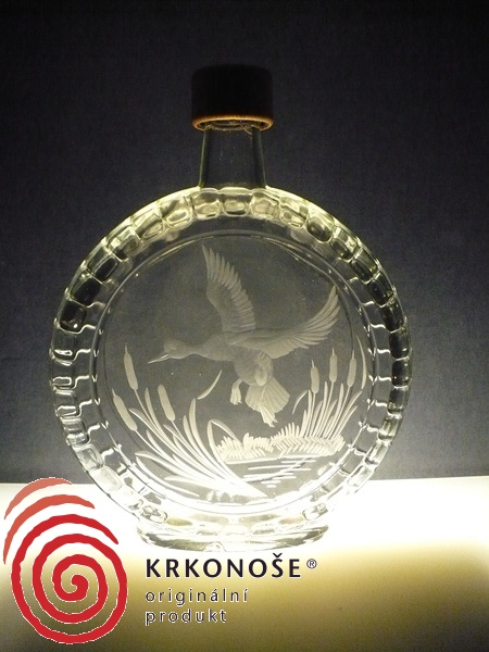 lahev na slivovici (pálenku) 0,7l ručně rytý (broušený) lovecký motiv,vhodný dárek pro dědečka