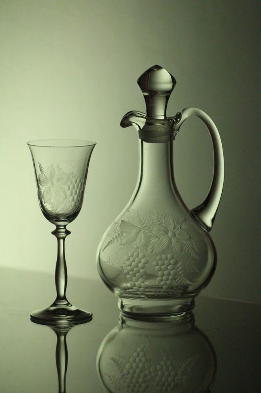 karafa na víno 750ml+ skleničky na víno 6ks Angela 185ml, ručně ryté (broušené), motiv vinný hrozen