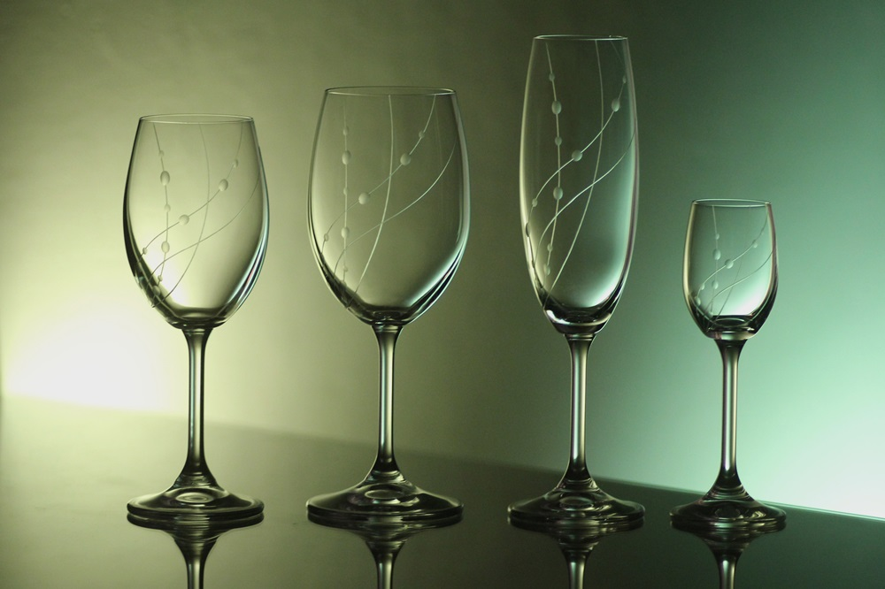 kompletní řada,sklenice Lara na víno,červené víno,sekt,likér s rytinou korale,luxusní dárek pro muže i ženu