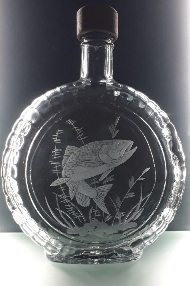 lahev na slivovici (pálenku) 0,7l s rytinou pstruha, dárek pro tatínka