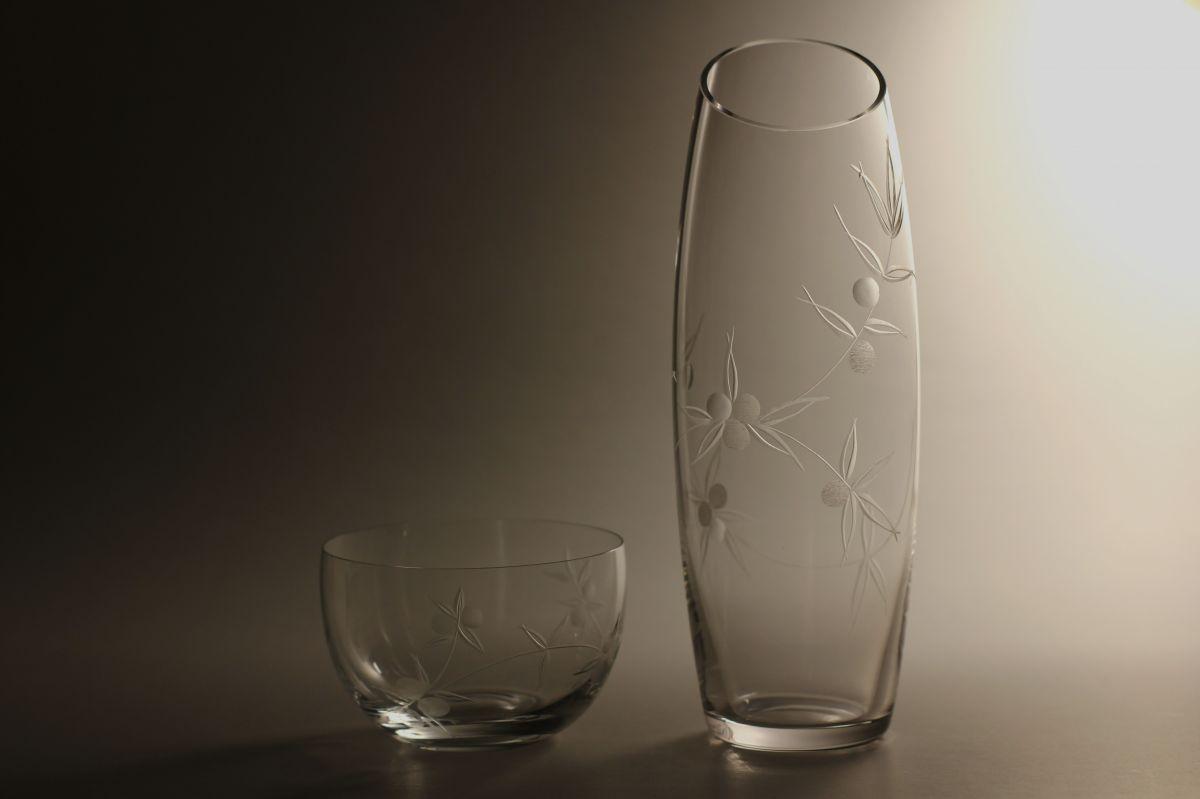 křišťálová váza 27,5cm a miska s rytinou bobule, možnost jména na přání