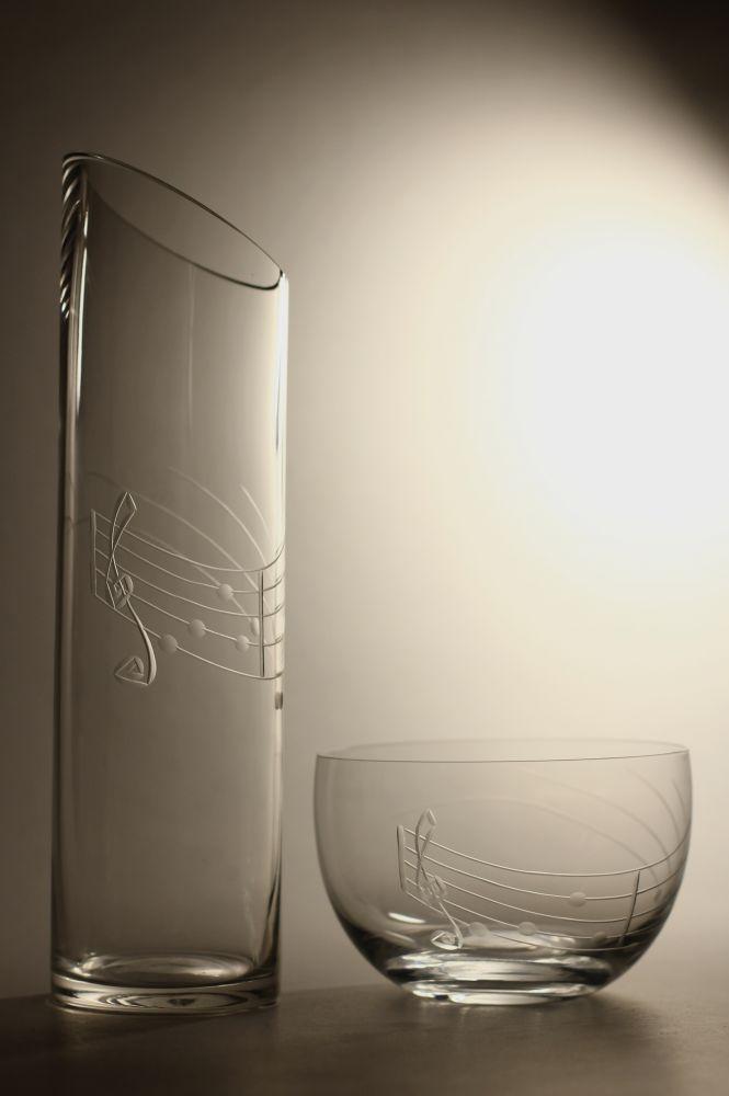 křišťálová váza šikmo seříznutá 26cm a miska s rytinou not, možnost jména na přání