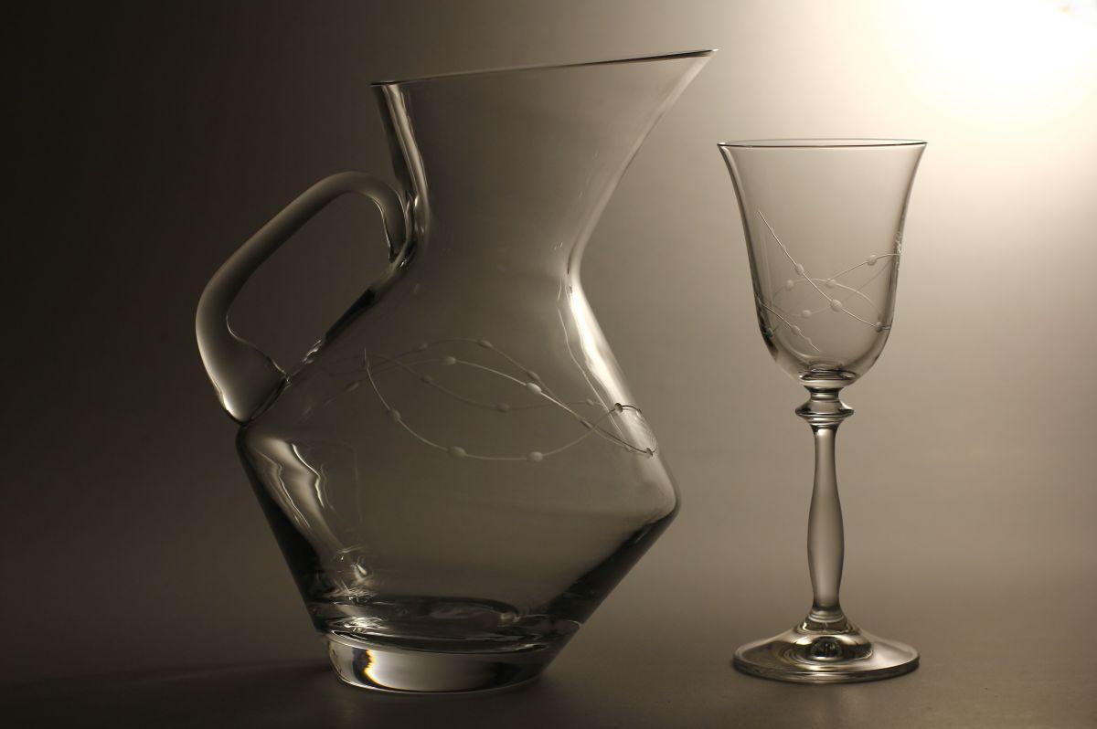 džbán na víno (vodu) 1,5l + 6ks sklenic 250ml s rytinou korale, možnost jména na přání