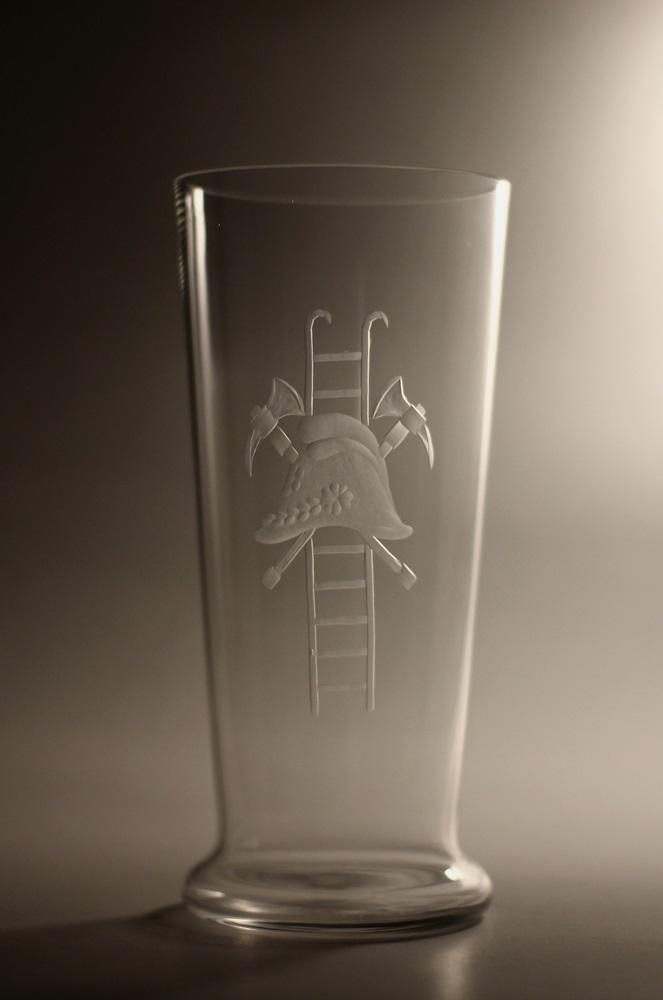 Křišťálový pohár s hasičským znakem (výška 19cm, 22cm, 25,5cm, 28,5cm)