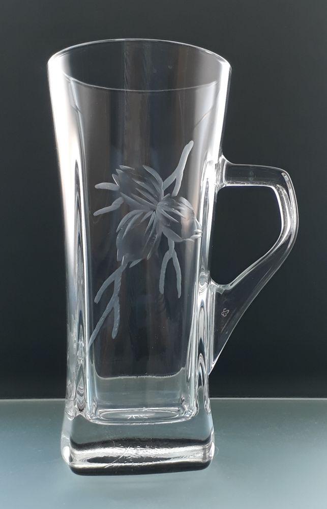 sklenice na čaj nebo latte 1ks s rytinou tři oříšků, možnost jména na přání