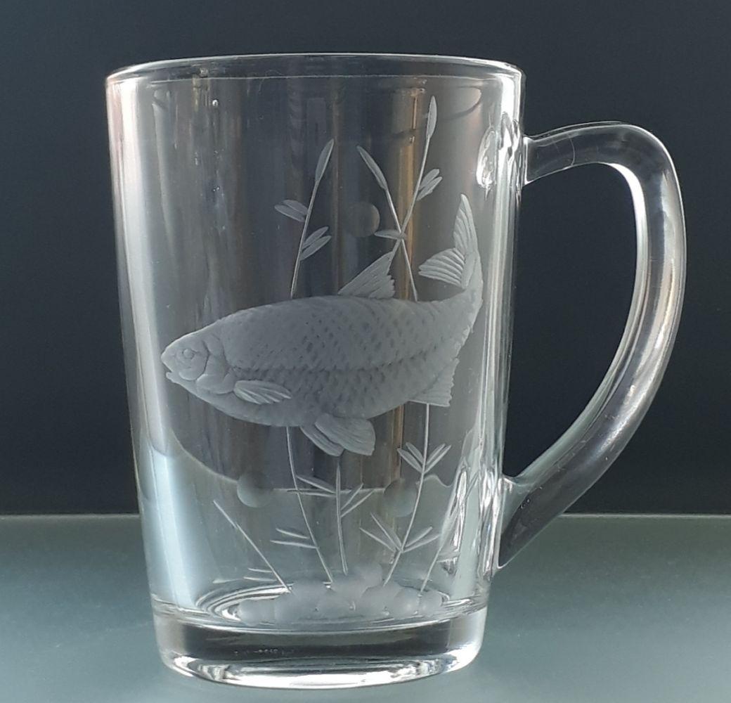 hrníček na čaj nebo kávu 1 ks s rytinou ryby, dárek pro rybáře