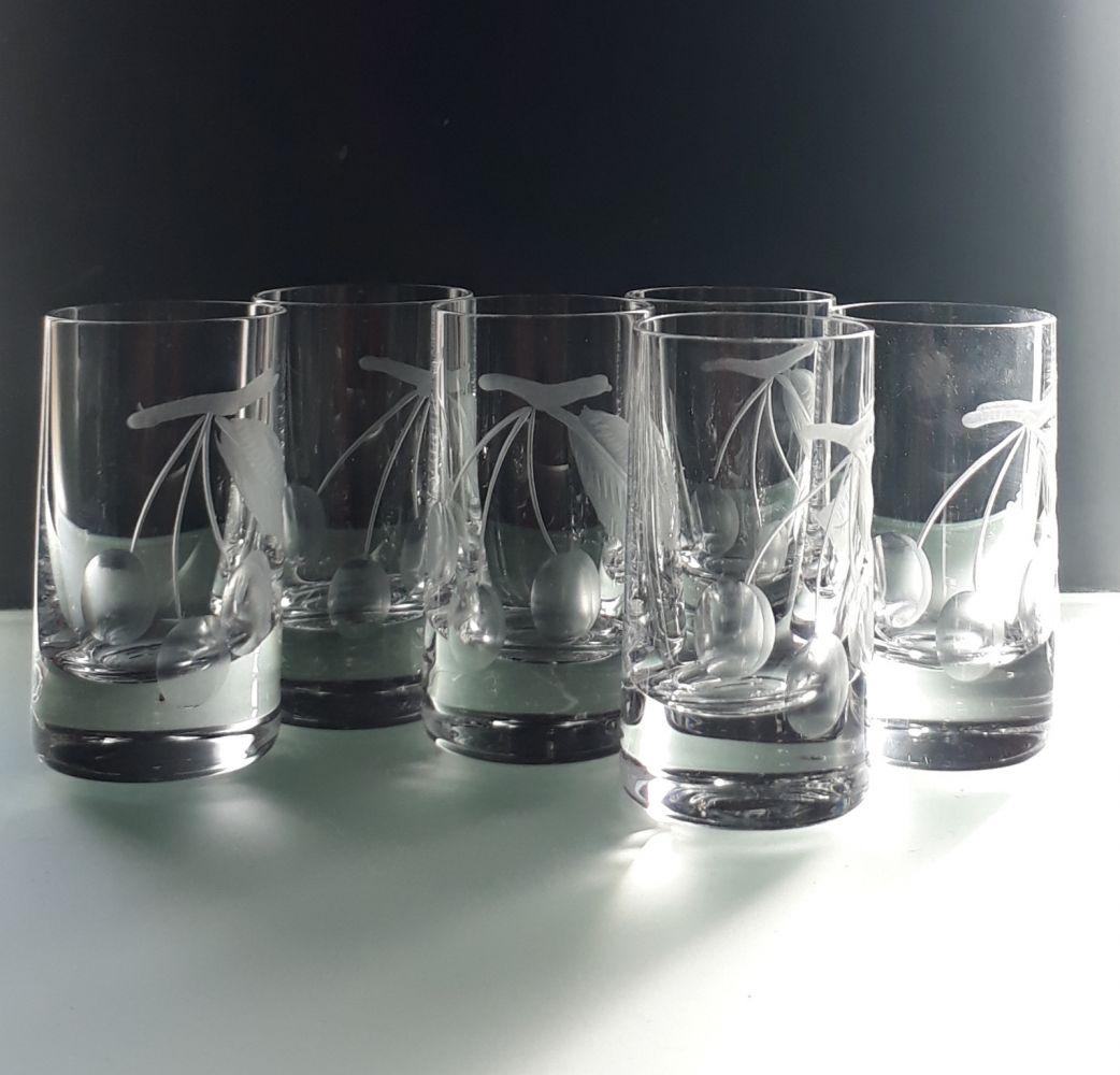 skleničky na třešňovici 6ks sklenice 35ml s rytinou třešní, dárek pro muže