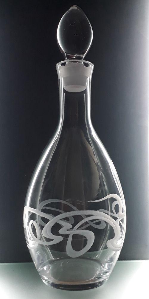 lahev na víno 1l se secesním dekorem, luxusní dárek pro muže i ženu
