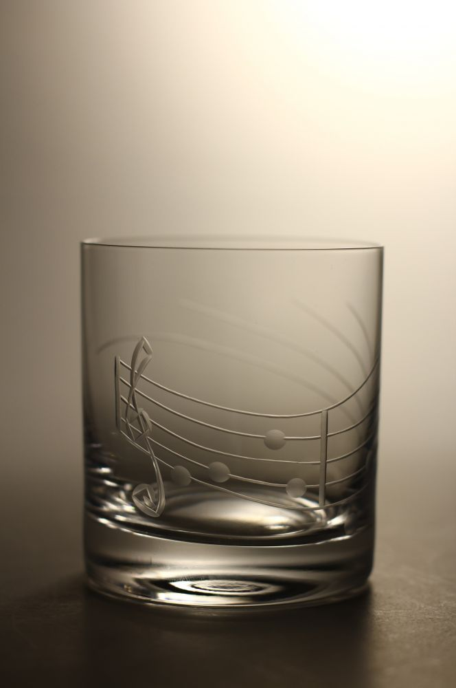 sklenička na whisky 1ks Barline 280ml,sklenice s rytinou not,dárek pro muzikanta
