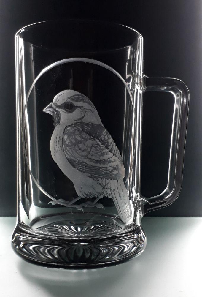 ručně rytý půllitr vrabcem (dárek pro pana Vrabce) milovníky ptactva)