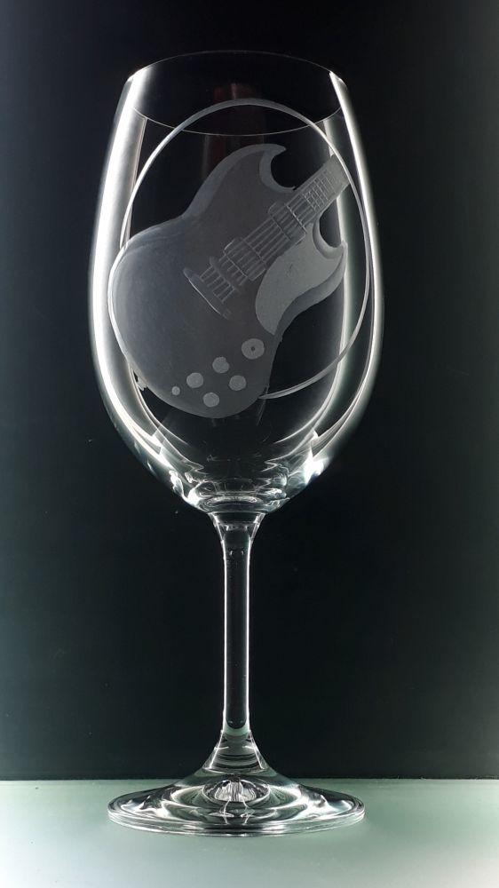 Sklenice na víno 450ml s el. kytarou SG , dárek pro kytaristy