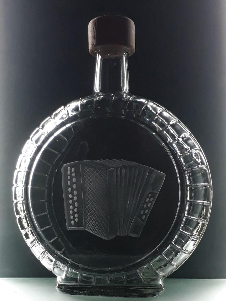 lahev na kořalku 0,7l s heligonkou , možnost jména na přání
