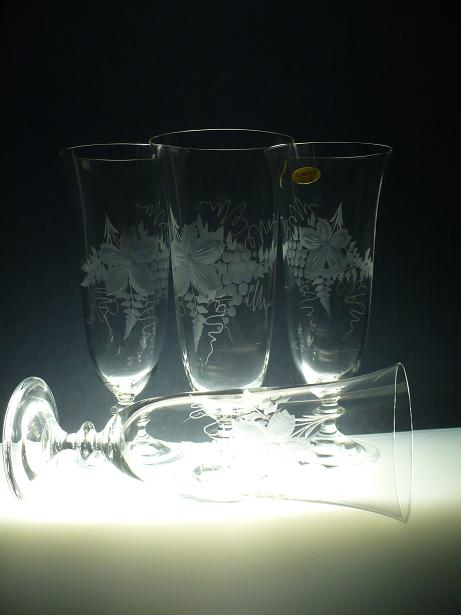 sklenice na vinný střik 6ks angela 360ml,skleničky s rytinou vinného hroznu,dárek k narozeninám