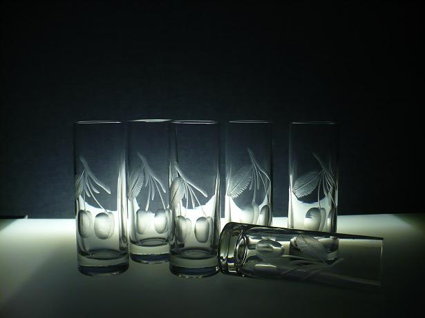 skleničky na slivovici 6ks Barline 50ml s rytinou švestek, dárek pro muže