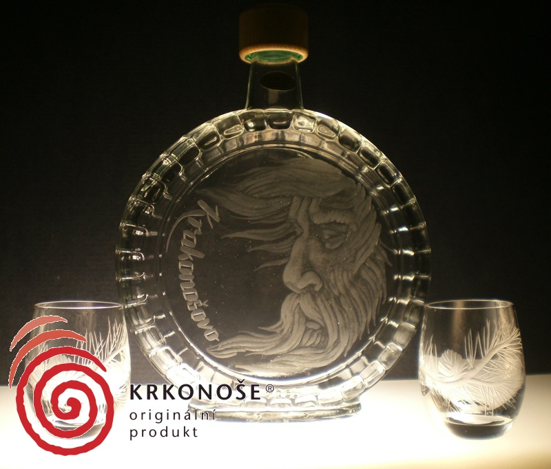 lahev na slivovici (pálenku) 0,7l + 2ks likér s rytinou Krakonoše, dárek pro kamaráda