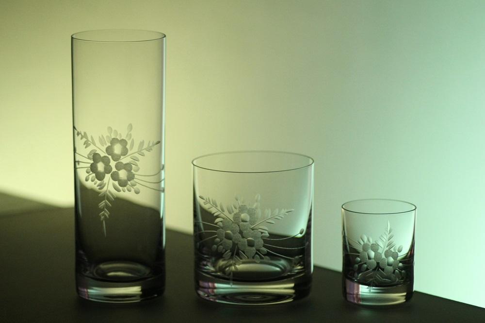 kompletní řada, sklenice Barline na pivo,whisky,likér s rytinou květů, luxusní dárek